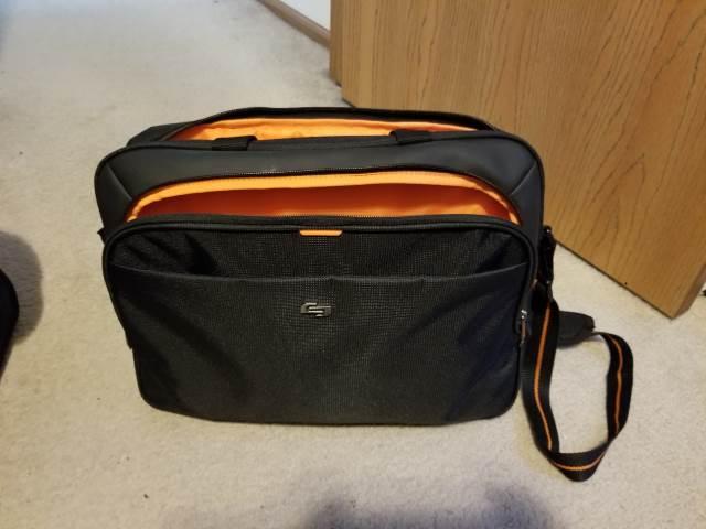 Solo Urban Messenger Bag